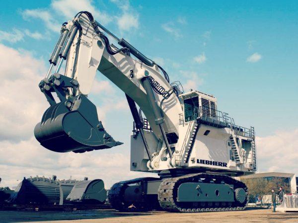 The-Purpose-Of-Using-Mining-Excavator-At-Mining-Sites (1)